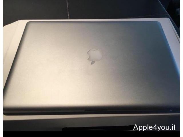 vendo MacBook Pro 17 processore 2,8GHz intel Core 2 Duo