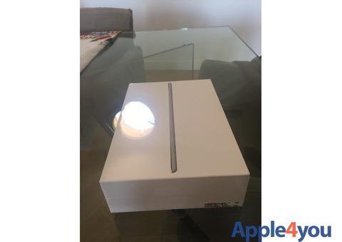iPad Mini 4 Wi-fi + cellular mai utilizzato